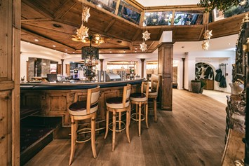 Wellnesshotel: Bar der Arlberg Lounge - Wellnesshotel Warther Hof