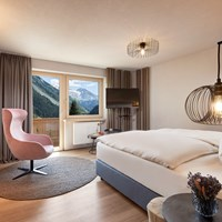 ADLER INN Tyrol Mountain Resort Zimmerkategorien Comfort Double Room GLACIER