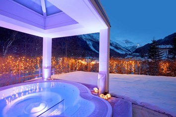 Wellnesshotel: Outdoor Sole Whirlpool - Adler Inn - ADLER INN Tyrol Mountain Resort