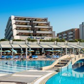 Wellnesshotel - Savoy Beach Hotel & Thermal SPA