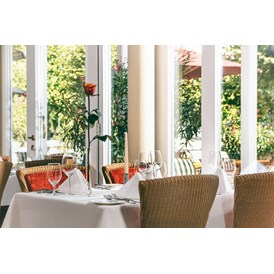 Wellnesshotel: Restaurant CLOU - Romantik ROEWERS Privathotel