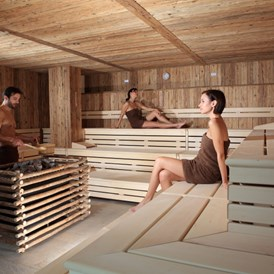 Wellnesshotel: Finnische Sauna - Active Family Spa Resort Stroblhof