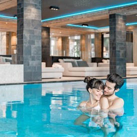Wellnesshotel: Indoorpool - Aktiv- & Wellnesshotel Bergfried