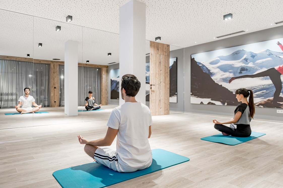 Wellnesshotel: Yoga im Bergfried - Aktiv- & Wellnesshotel Bergfried